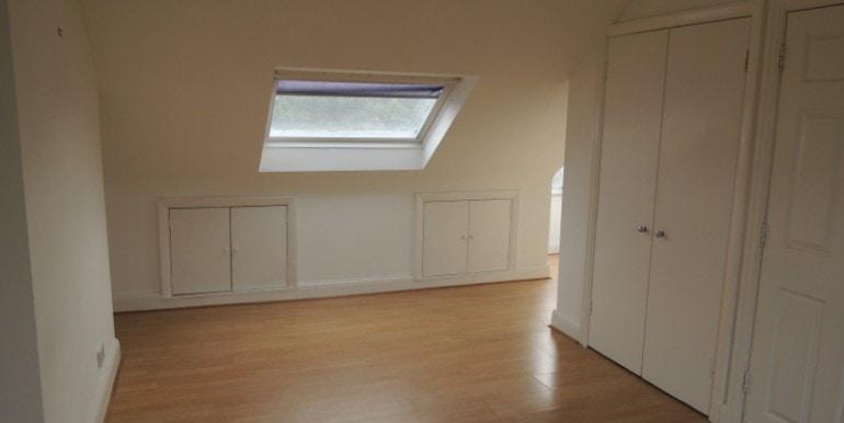 104 daneland master bedroom