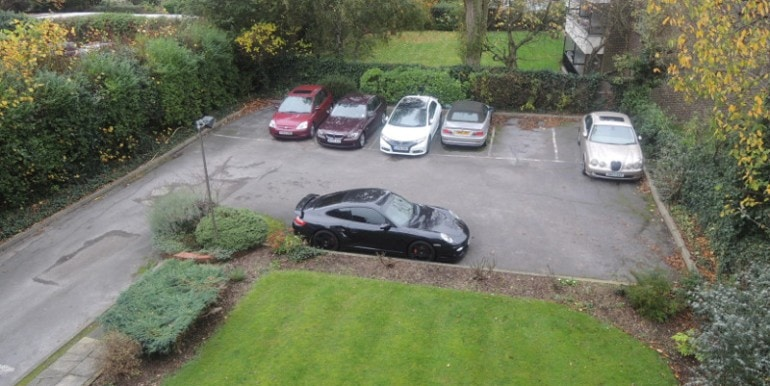 Invergarry Court parking