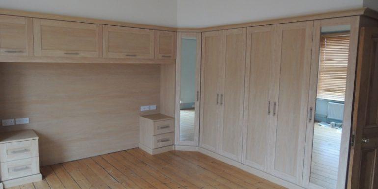 12-carnarvon-master-bedroom