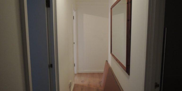 3-wordsworth-court-hallway