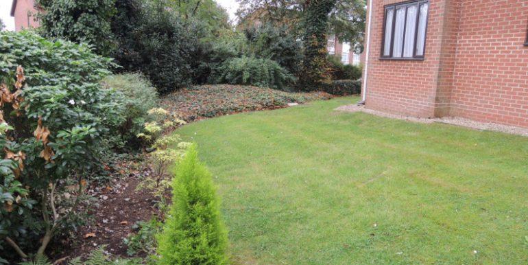 wordsworth-court-gardens
