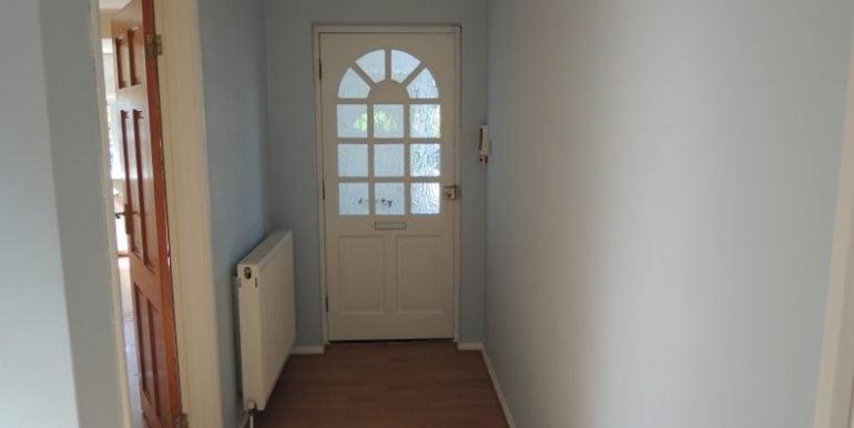 12 farnham hallway