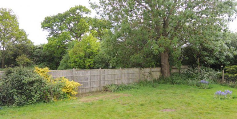 25 southfield garden