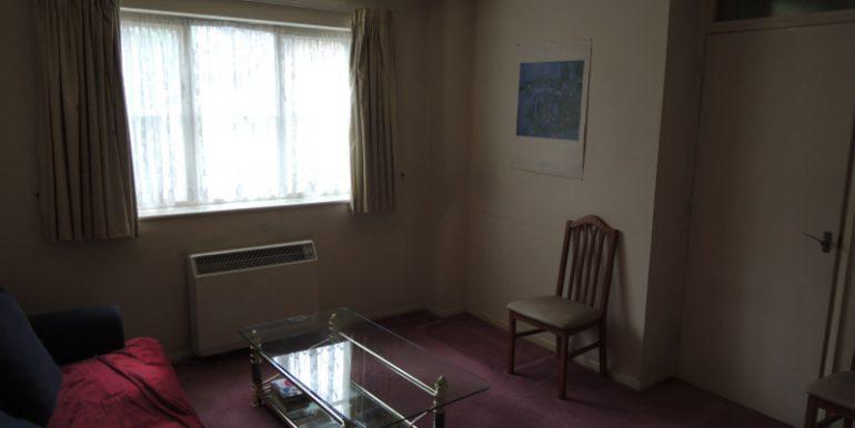 86 Boleyn way studio room 2