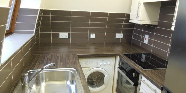 7 oakhill court kitchen