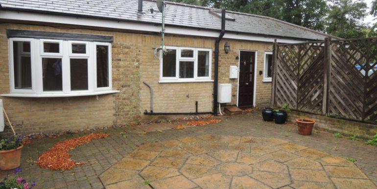 1 primrose courtyard