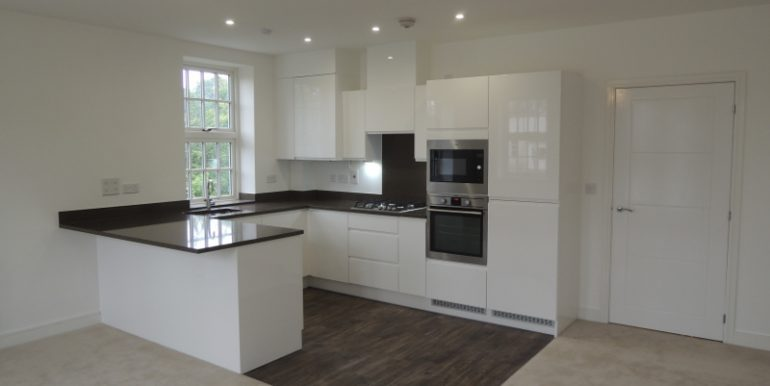 3 Grove Court kitchen
