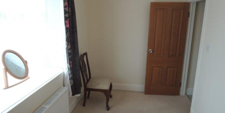 82 southgate road bedroom