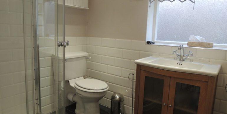 6 taylors bathroom