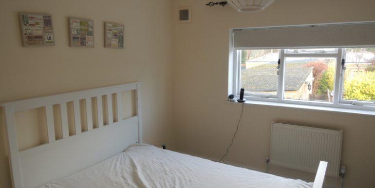 6 taylors guest bedroom