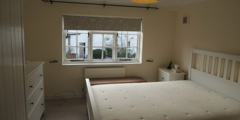 6 taylors master bedroom