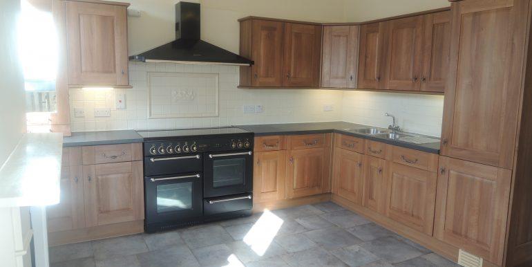 23c warwick kitchen