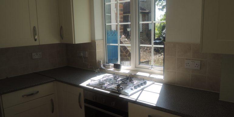 27 oakwood close kitchen