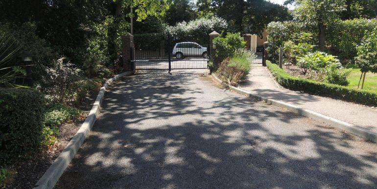 beulah court driveway