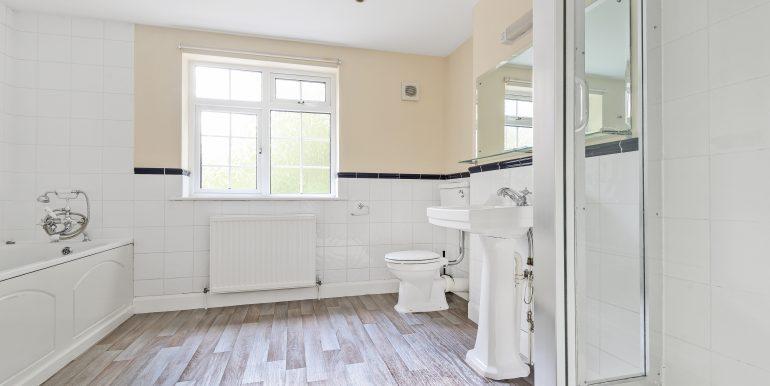 10 mowbray road bathroom